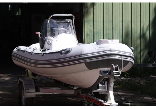 Лодка Rib Буревестник Б-390